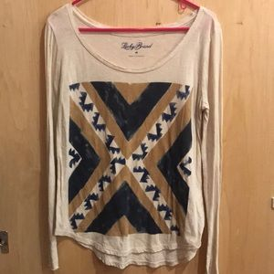 Long Sleeve patterned tee
